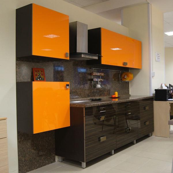 iki-renk-mutfak-dolabi-modelleri-41