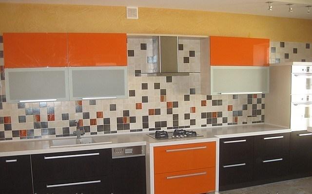 iki-renk-mutfak-dolabi-modelleri-61