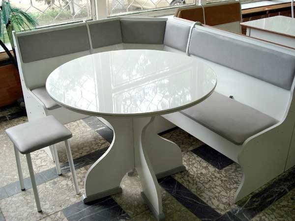 beyaz-mutfak-masasi-20