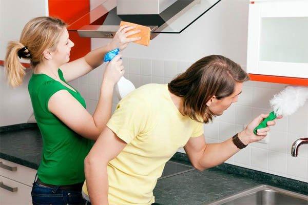 yagli-mutfak-dolaplari-temizleme-4