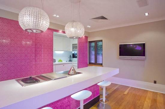 fusya-rengi-mutfak-dekorasyonu-44