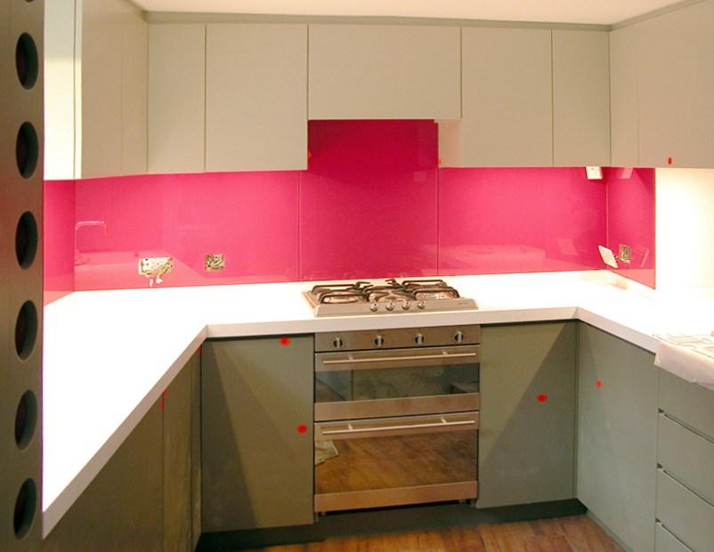fusya-rengi-mutfak-dekorasyonu-45