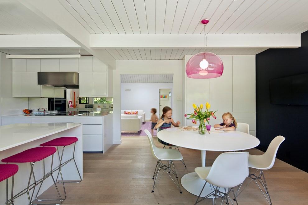 fusya-rengi-mutfak-dekorasyonu-55