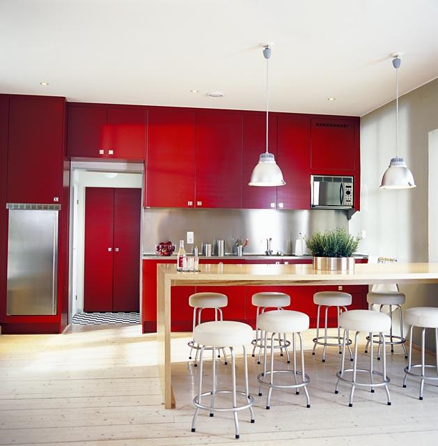 visne-rengi-mutfak-dekorasyonu-2