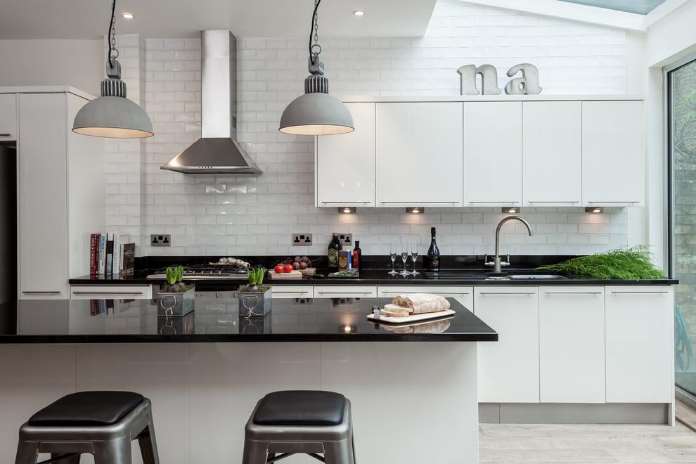 siyah-beyaz-mutfak-3