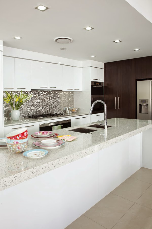 mat-beyaz-mutfak-dolaplari-22