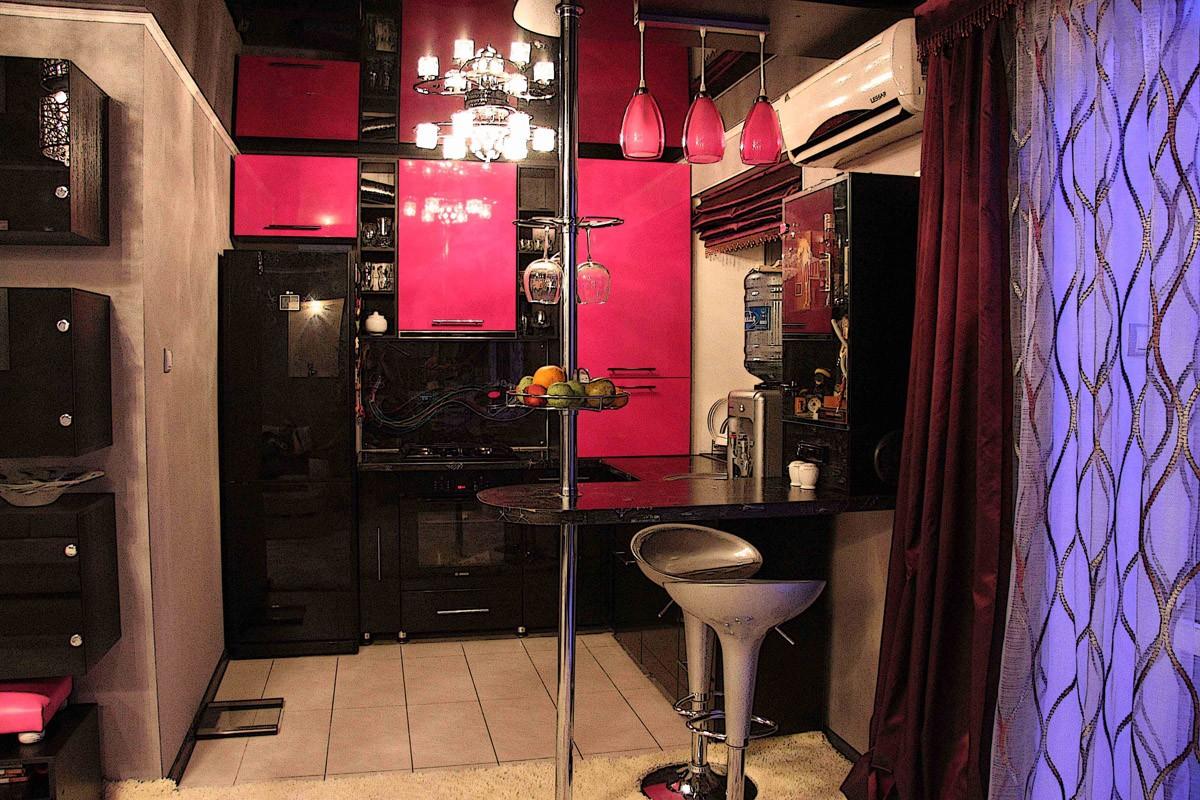 fusya-rengi-mutfak-dekorasyonu-13