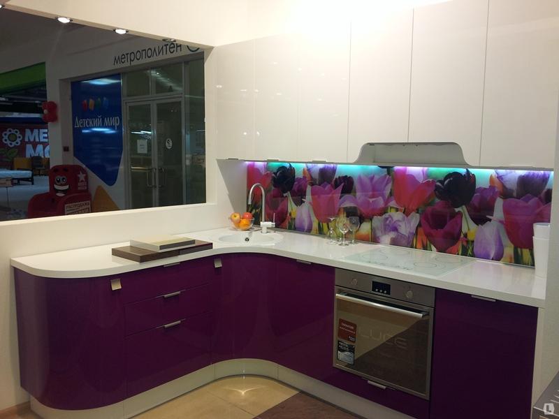 fusya-rengi-mutfak-dekorasyonu-21