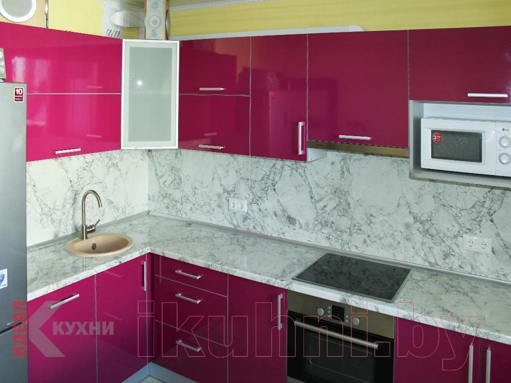 fusya-rengi-mutfak-dekorasyonu-25