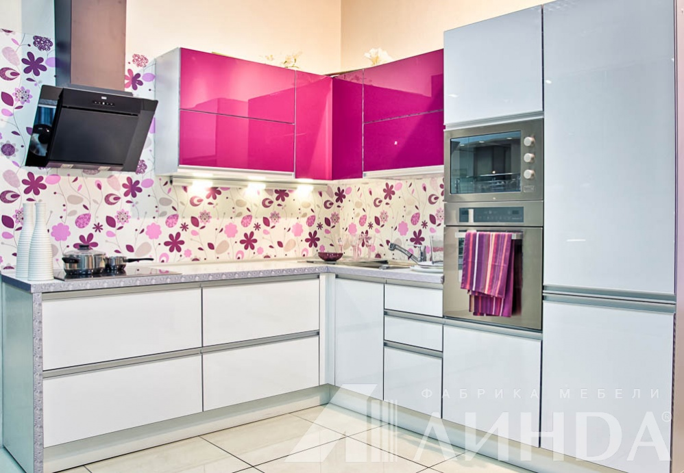 fusya-rengi-mutfak-dekorasyonu-27