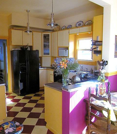 fusya-rengi-mutfak-dekorasyonu-49