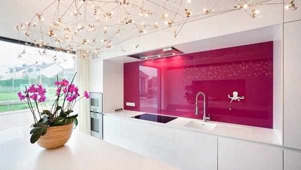 fusya-rengi-mutfak-dekorasyonu-54