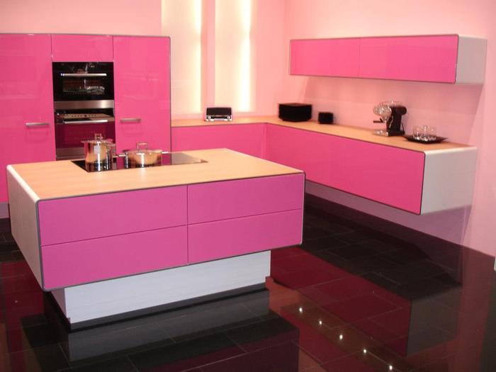 fusya-rengi-mutfak-dekorasyonu-8