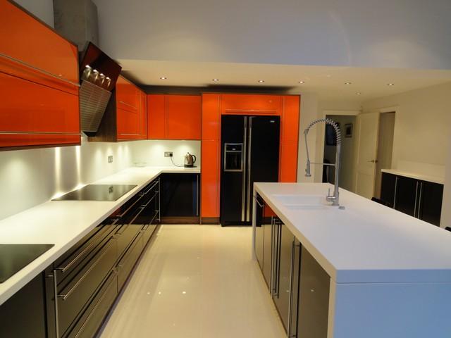 turuncu-mutfak-dekorasyonu-37