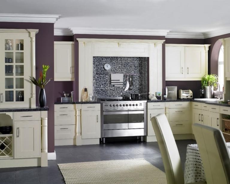 mudum-beyaz-mutfak-dekorasyonu-13