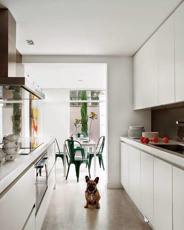 mat-beyaz-mutfak-dolaplari-21