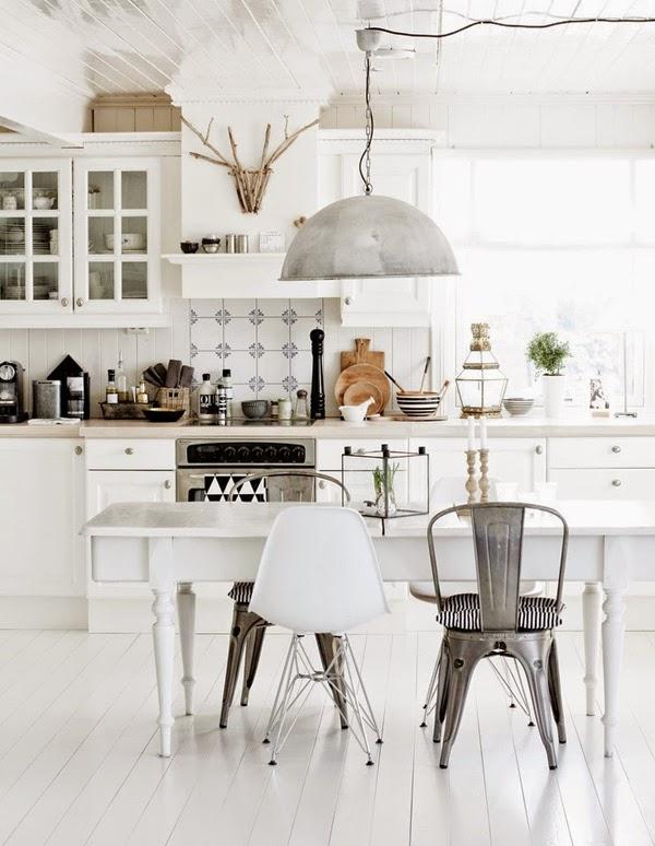 mat-beyaz-mutfak-dolaplari-29